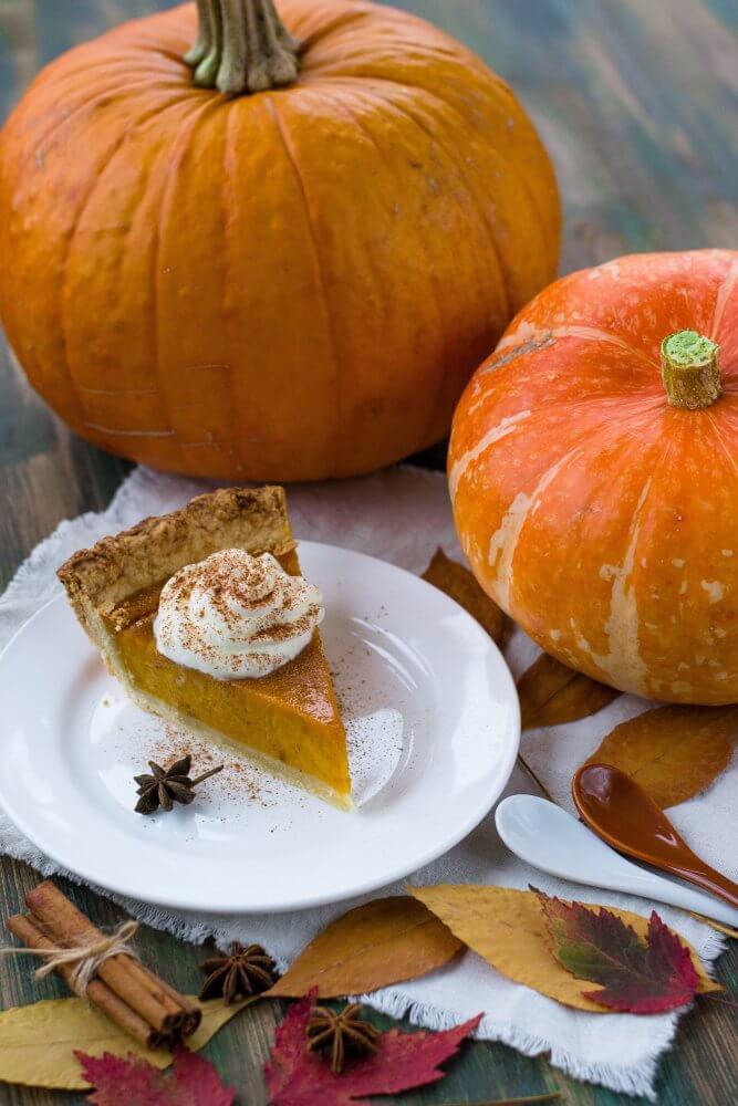 Pumpkin pie slice pumpkin table